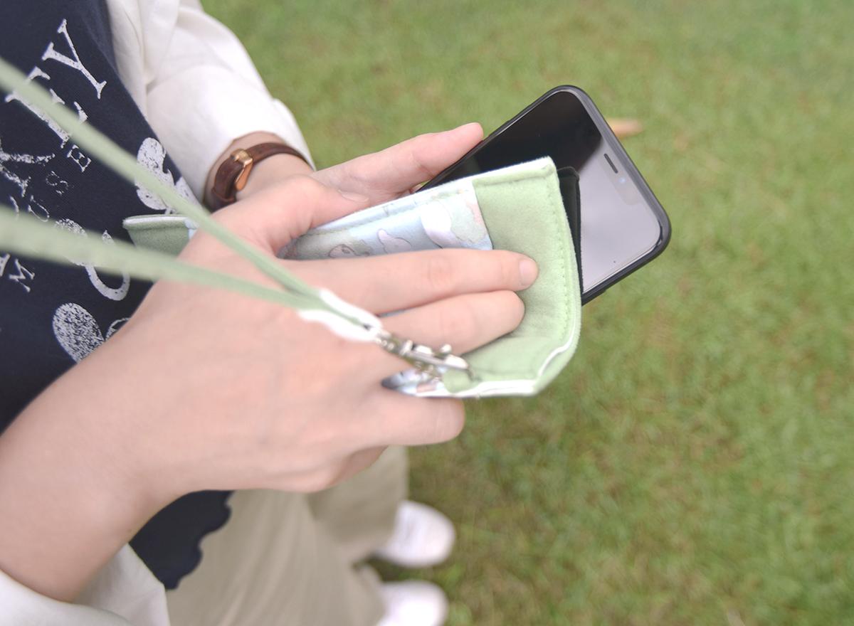 保育動物手機套可擦拭螢幕