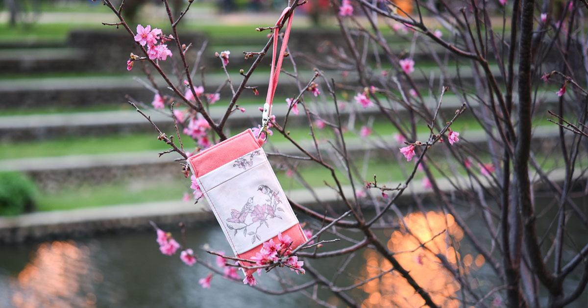 鳥語花香手機套-山櫻粉雀
